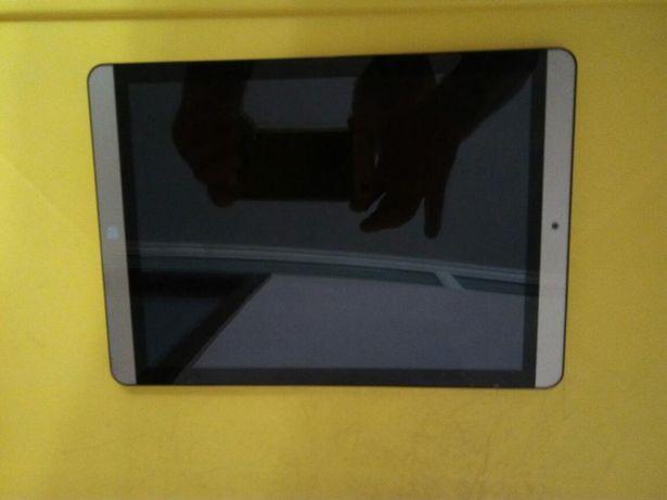 Планшет Онда v919Air новый проработал 2дня и потух, ретина матрица 9,7