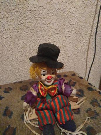 Продам клоуна игрушку