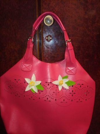 стильная женская сумка для молодой леди