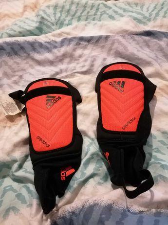 Ochraniacze adidas M