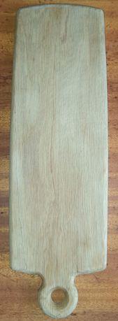 Nietypowa długa drewniana deska do krojenia chleba, do kolekcji