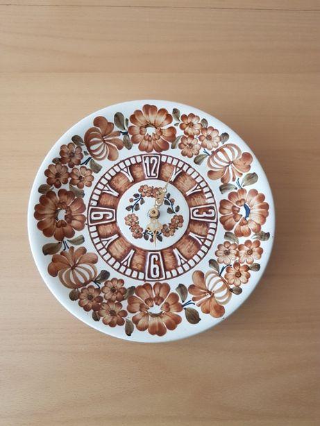 Zegar ścienny, ceramika