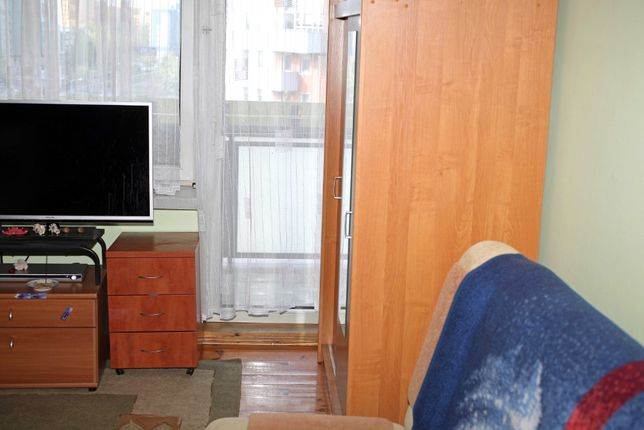 Wynajmę duży pokój 18 m2 z balkonem 6m2dla 2 osób lub 1 osoby