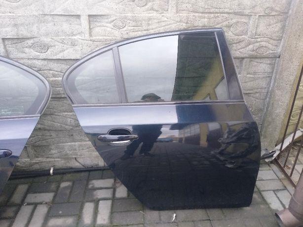 BMW 5 E60 drzwi prawy tył carbonschwarz 416