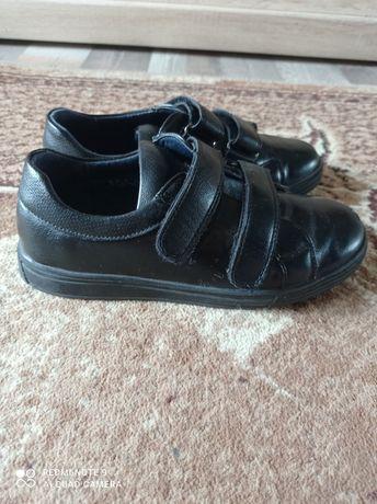 Детские туфли размер 33