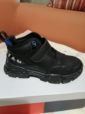 Ботинки леми для мальчика фирма Apawwa
