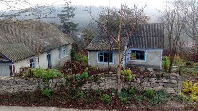 Старый дом с участком