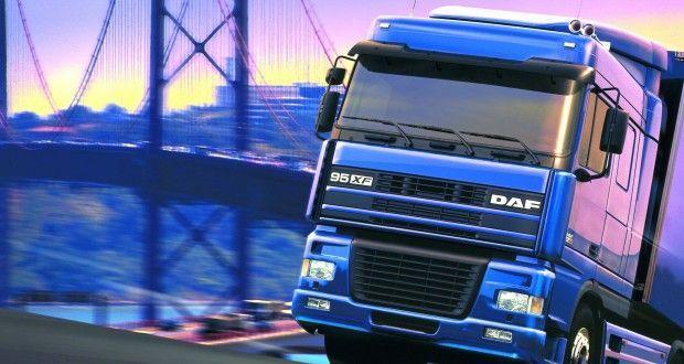Transport ciężarowy/ niskopodwoziowy/ firanka/ platforma