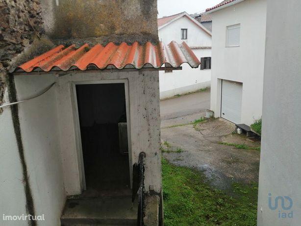 Moradia - 40 m² - T1