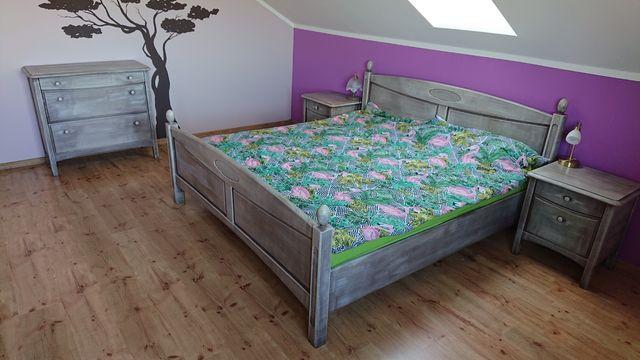 Komplet mebli do sypialni z litego drewna sosnowego