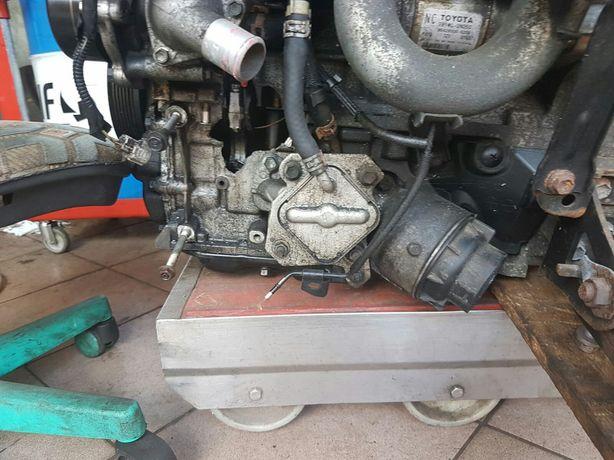 Toyota yaris auris podstawa filtra oleju 1.4D4D