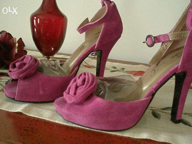Lindos sapatos camurça rosa fucshia