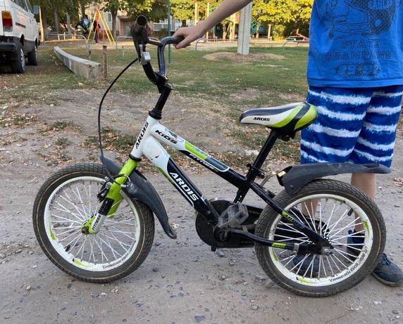 Велосипед детский, стульчик