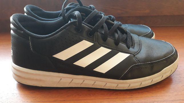 Buty ze skóry firmy Adidas rozmiar 40
