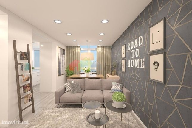 Apartamento T3 com remodelação total na Cruz de Pau