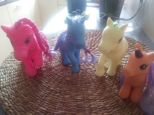 Zestaw koników Pony