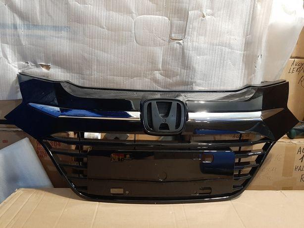 Honda HR-V 2014-2018 USA Решетка Бампер передний Бампер задний Наличие
