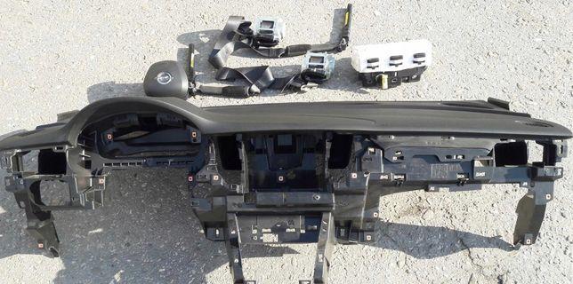 Opel Astra K tablier airbags cintos