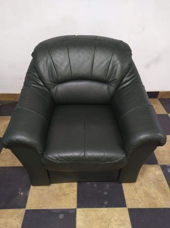 Fotel ciemna zieleń skórzany