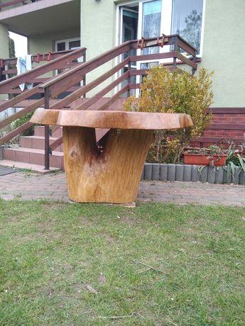 stół z litego dębowego drewna