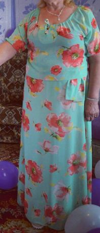 Продам красивое платье в пол