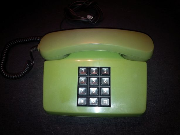 Продам стационарный телефон.