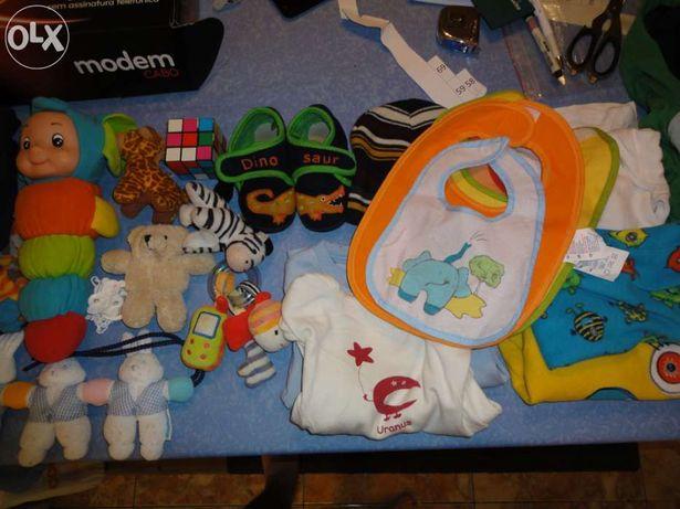 Pack de roupa de Bébé dos 9-24m (69)