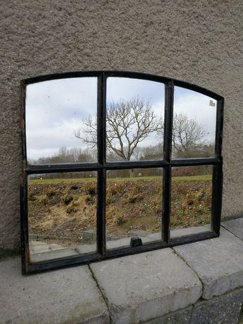 Lustro z żeliwnego okna