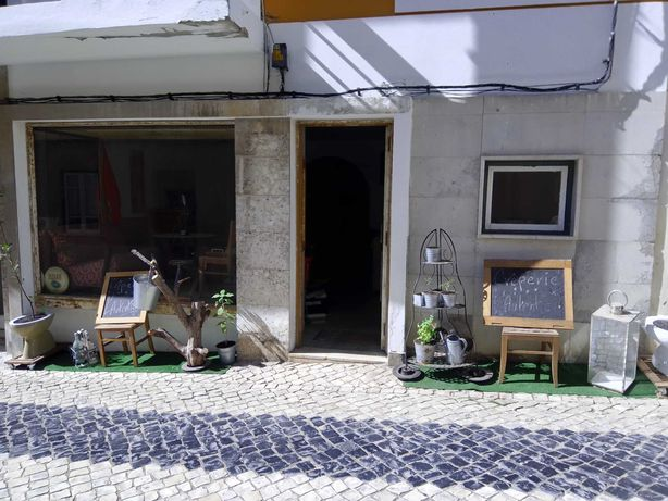 Trespasse/Venda Empresa C.contrato Pastelaria/Crêperie Antigo Portimão