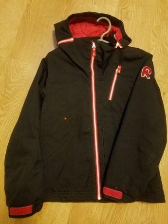 Продам зимнюю куртку Reima