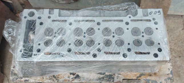Головка блока на спринтер 2.2  CDI