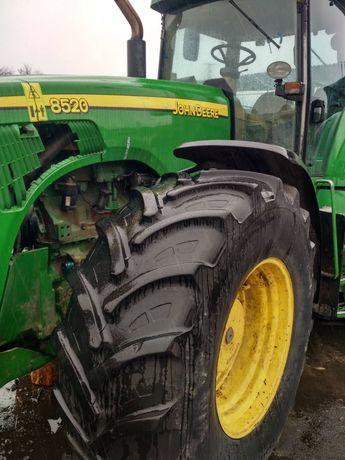 Трактор Джон дір 8520