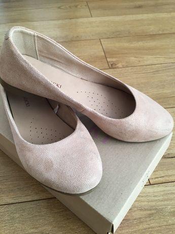 wiosenne pantofle dla dziewczynki