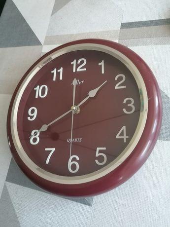 Zegar ścienny brązowy